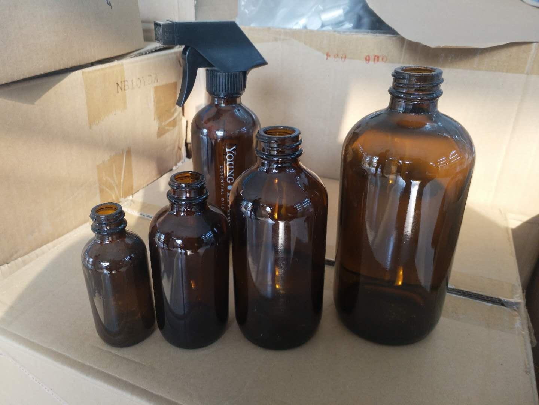 茶色洗手液瓶
